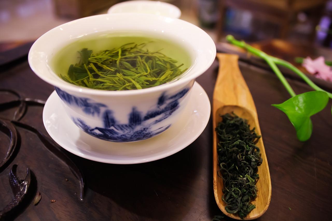Grüner Tee, Tee-Wirkung, Inhaltsstoffe, belebend, beruhigend