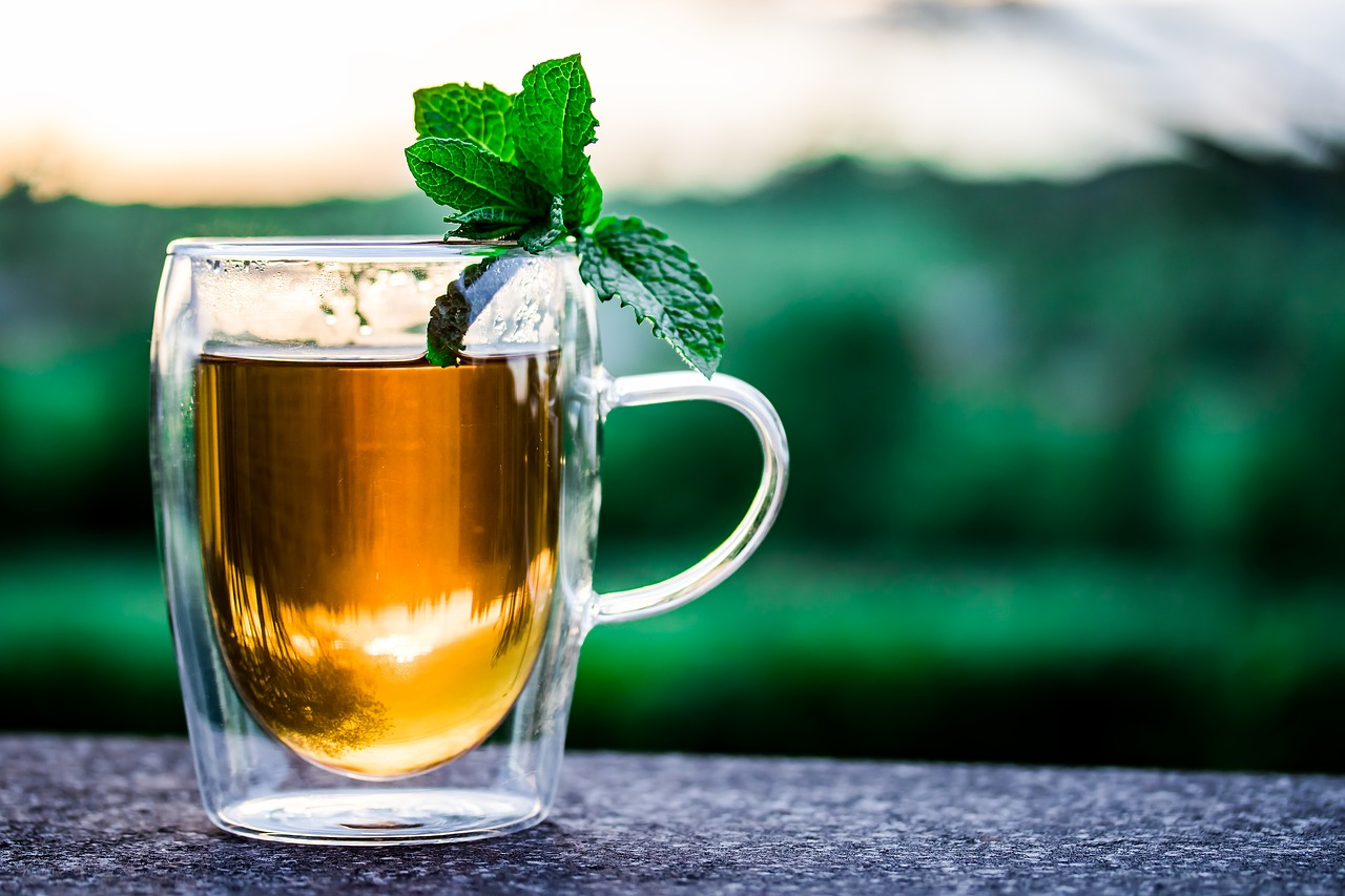Tee-Wirkung, Pfefferminztee, Kamillentee, Grüner Tee, Schwarzer Tee